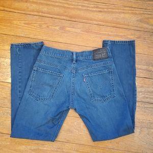EUC 511 Levi's sz. 32 x 32 blue jeans